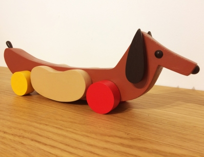 hotdogdog sculpture